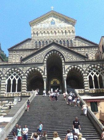 Day Tour in Italy : Duomo di Amalfi