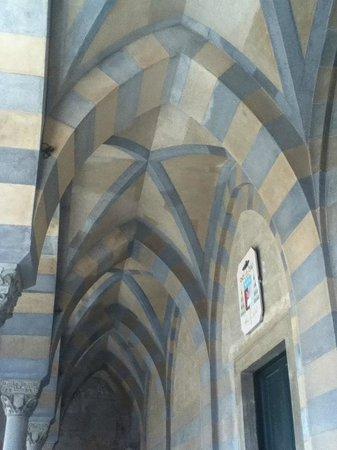 Day Tour in Italy : Archi della Cattedrale di Amalfi
