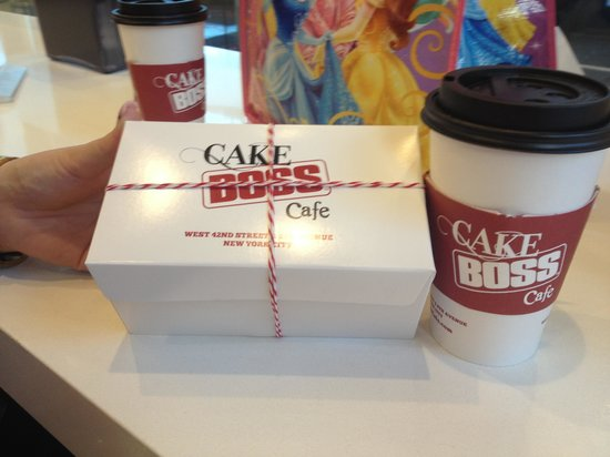 Doubletree By Hilton - Times Square South : Cake boss cake just around the corner