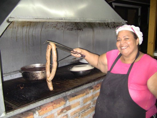 Ponderosa: Grill master Patricia Hernandez Zuniga