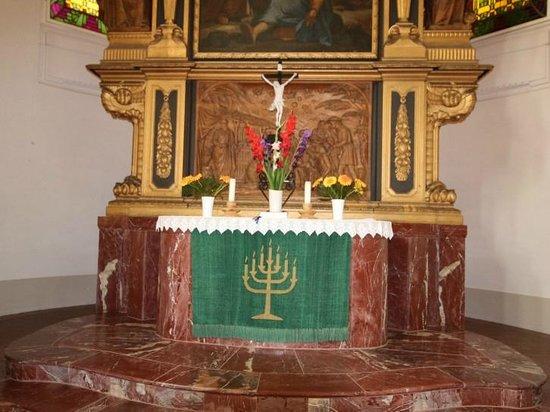 Ev.-luth. Kirche Moritzburg: Altar