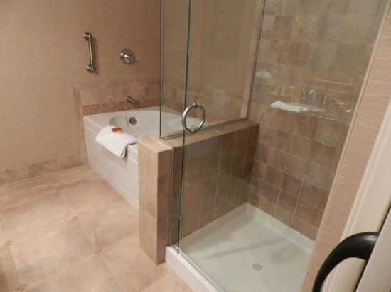 Jacuzzi tub and shower - Picture of Blue Dolphin Inn, Cambria ...
