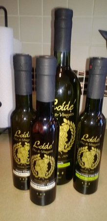 Loide' Oils & Vinegars: Some of the items I got