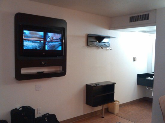 Motel 6 Ardmore : TV