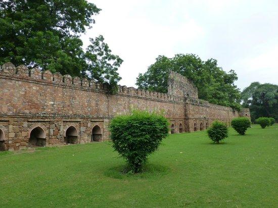 Inside The Garden Picture Of Lodi Gardens New Delhi
