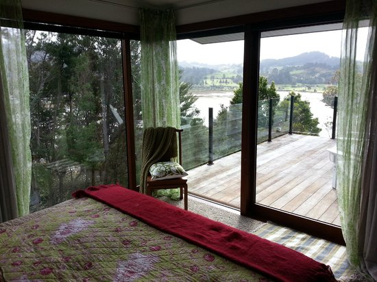 Sunlover Retreat: Fantail Suite