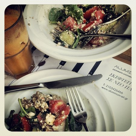 Moma Rest & Cafe: Great lunch in Athens