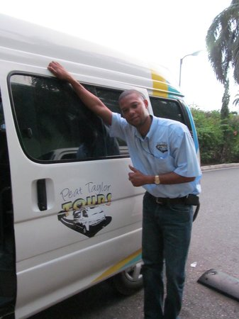 Peat Taylor Tours: Oneil--our awesome guide and driver for the day