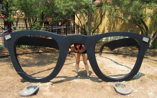 The Buddy Holly Center : Cool shades