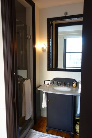 The NoMad Hotel: Salon Room Sink and Shower