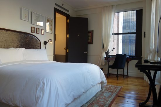 The NoMad Hotel: Salon Room 902