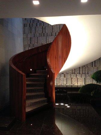 Las Alcobas Mexico DF: Center Circular Stair