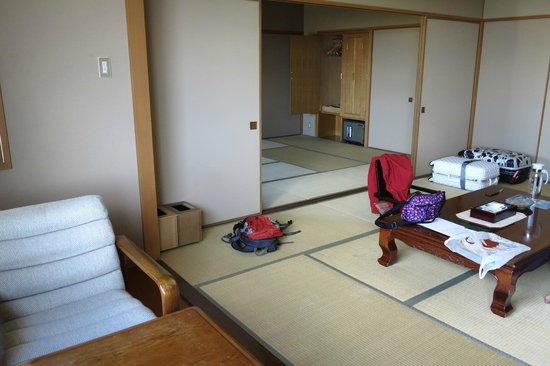 Senshoen: Inside the room