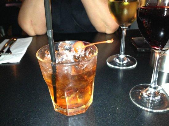 MODO Urban Deli: Classic Negroni cocktail