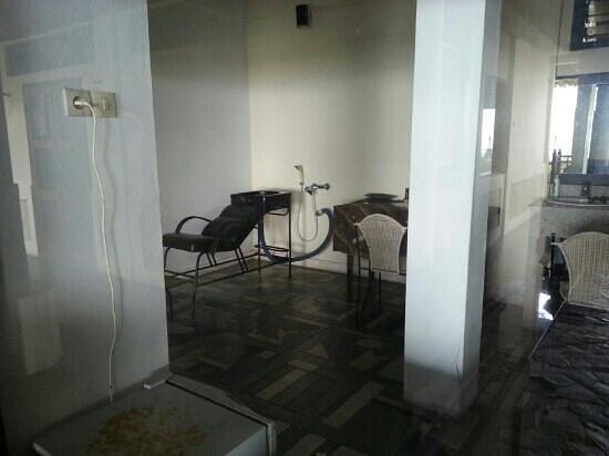 Nugraha Lovina Seaview Resort: facilities