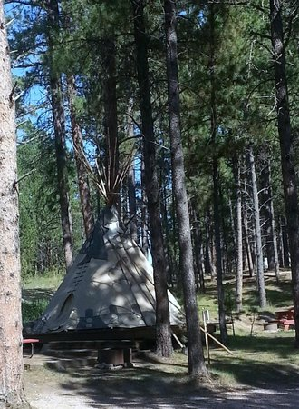 Fort Welikit Family Campground: The TiPi rental