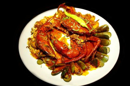 Crab Mixed Seafood In Chili Sauce Picture Of Mesa Cebu Island Tripadvisor
