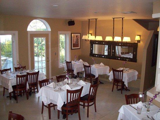 Puccini Restaurante: Interior dining area