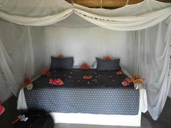 Mgoza Lodge: Room for our honeymoon stay