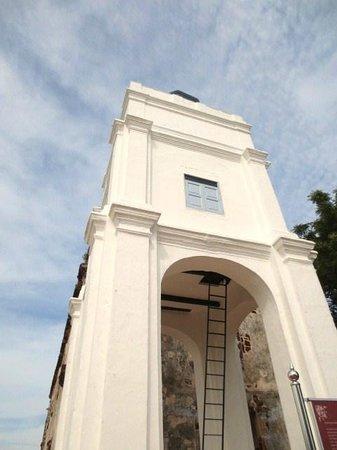 St. Peter's Church : 教会