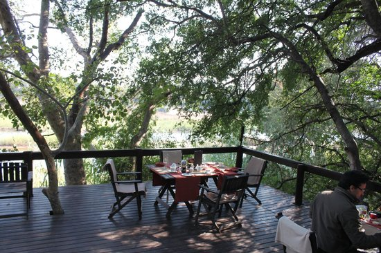 Pondoro Game Lodge: Balcony