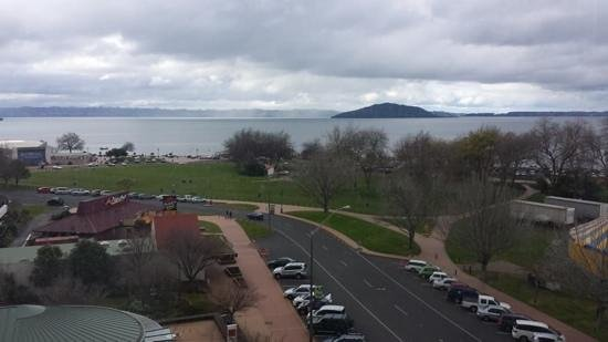 Novotel Rotorua Lakeside : view from executive suite