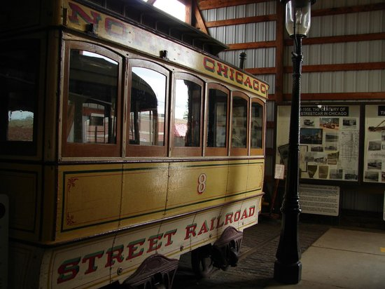 Illinois Railway Museum: A Chicago street trolly.