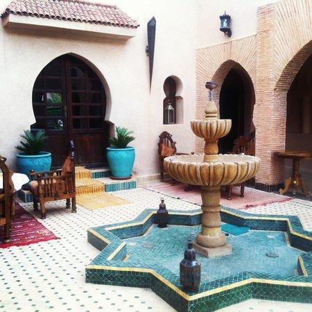 Villa Dar Mya Palmiers : Villa