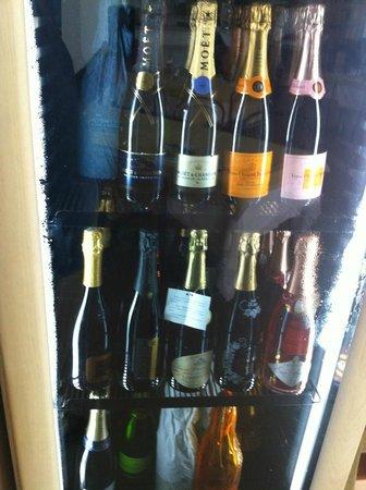 Da Vittorio Ristorante: frigo Champagne