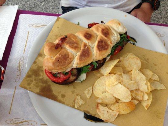 Caffe Vaticano: Grilled eggplant sandwich
