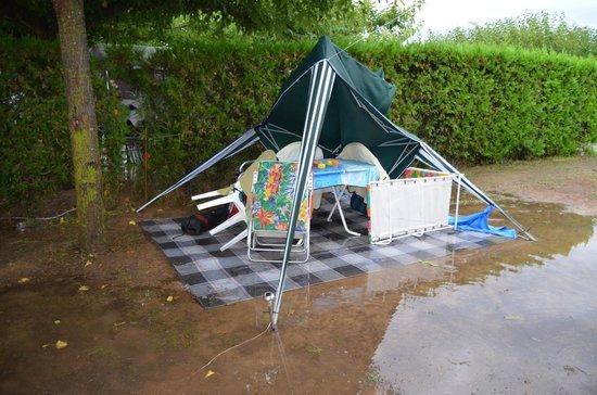 Camping L'Amfora: NUESTRA PARCELA (830)