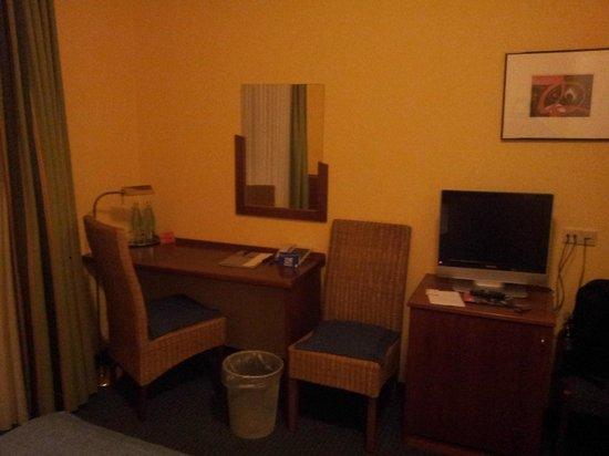 Hotel Minerva: Room