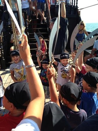 Jolly Roger - Pirate Cruise at Sea: si gioca