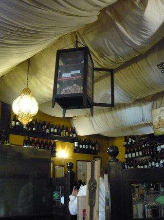 Alcova Del Frate: Inside