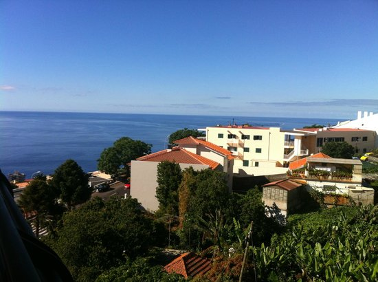 Madeira Panoramico Hotel: View from room - 1