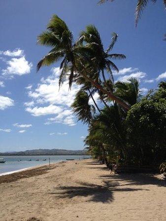 Robinson Crusoe Island Resort: main beach area