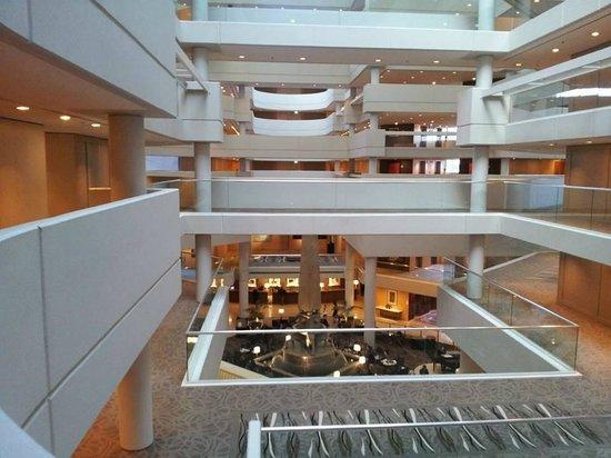 Hyatt Regency Perth: Looking over foyer