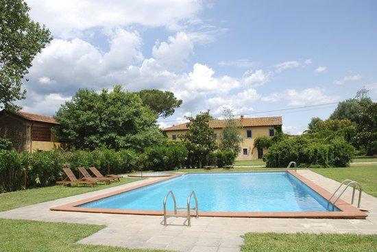 Agriturismo Il Bottaccino: Uitzicht vanaf het zwembad