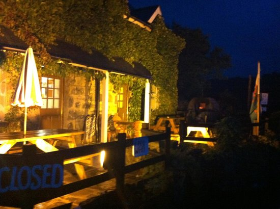 Bryn Glo : Nights are drawing in,