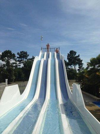 Camping Atlantique Parc : slides