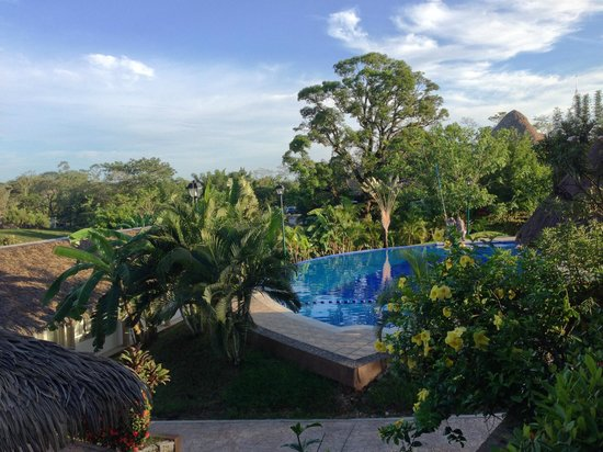 Hotel Villa Mercedes Palenque: piscina vista dalla camera