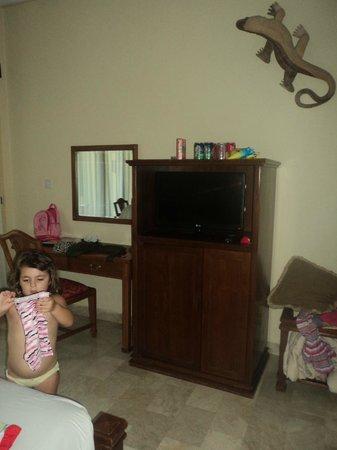 Hotel Kumala Pantai: kids room