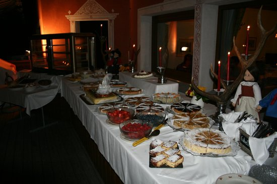 Hotel Restaurant Roseg Gletscher: Dessertpuffet