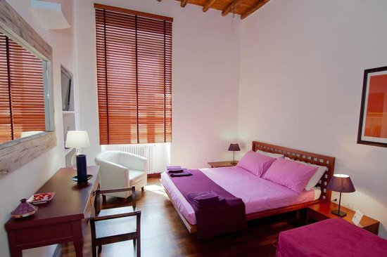 Capo d'Africa 4 Bed & Breakfast: Purple Room