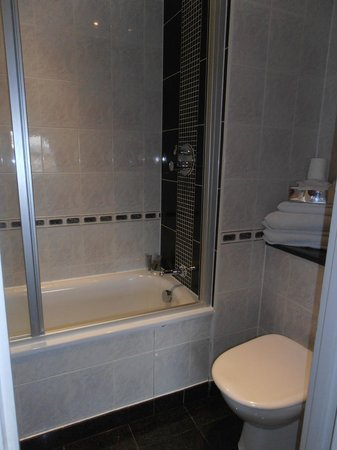 Grange Strathmore Hotel: bagno