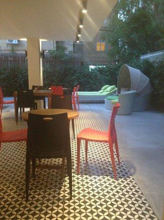 Shenkin Hotel: Lounge