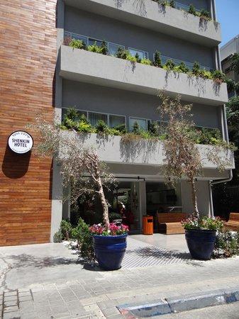 Shenkin Hotel : Vue de l'hôtel