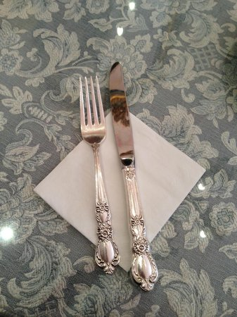 Eden Bistro: Beautiful silverware