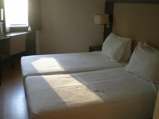 Turim Iberia Hotel : HABITACION DOBLE AL PATIO INTERIOR