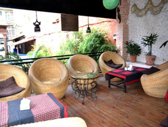 Hotel Encounter Nepal: Feed & Read_Kathmandu Grill Restaurant